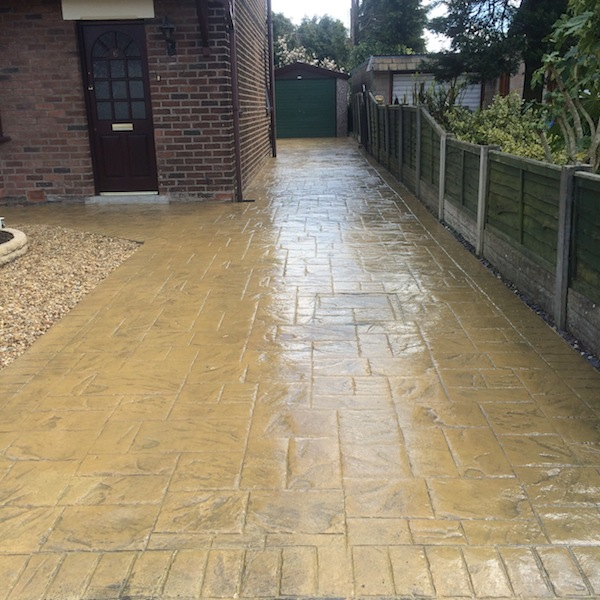 Imprinted concrete cleaning for Concrete driveway cleaner