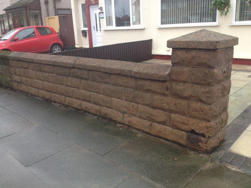 image of wall after pressure washing ,formby merseyside
