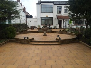 Read more about the article Patio cleaning Southport Merseyside