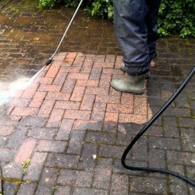 driveway & patio cleaning southport